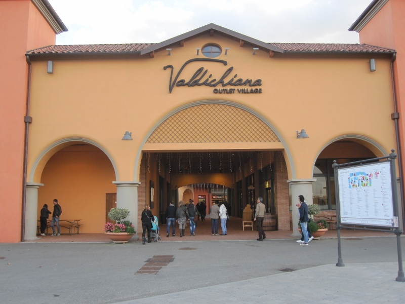 Outlet Valdichiana 07